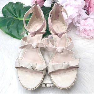 Kelly & Katie Cheribeth Wedge Pink Linen Sandal